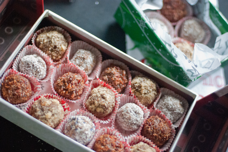 Paleo Chocolate Truffles (Schweddy Balls)
