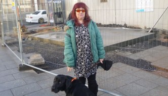 Cllr Mandy Darling to her guide dog, Pepsi!
