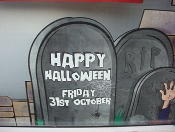 English: A Halloween sign, from a shop in Nort...