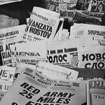 Here's a closer shot of pulps and the foreign language newspapers at the New York newsstand in the previous photo.