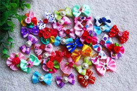 50pcs/pack Cute New Dog Hair Bows Rhinestone Pearls Flowers Topknot Mix Styles Dog Bows Pet Grooming Products Mix Colors Pet Hair Bows Topknot Rubber Bands