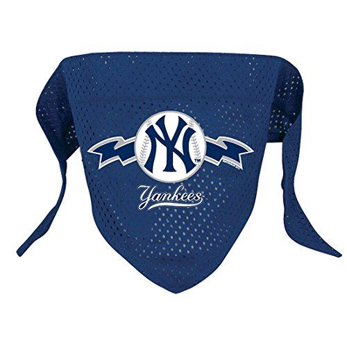 Hunter MFG New York Yankees Mesh Dog Bandana, Large