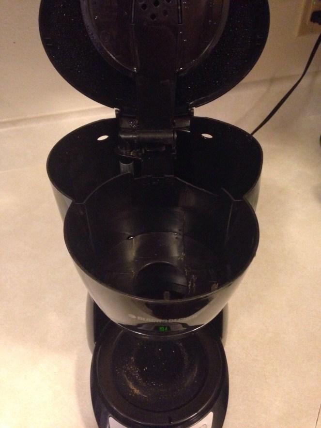 How to Clean Your Coffeepot With Vinegar and Baking Soda
