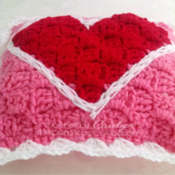 Be Mine C2c Heart Pillow Free Crochet Pattern The Purple Poncho