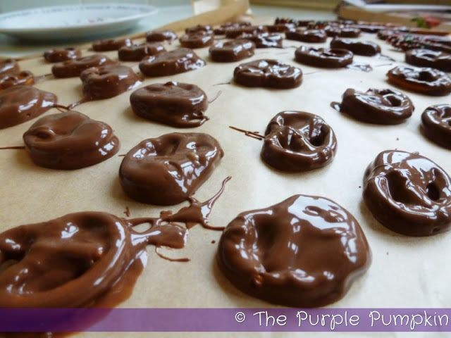 chocolate-covered-pretzels16