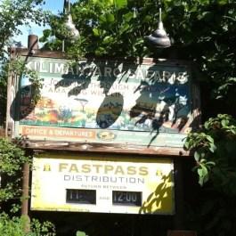 kilimanjaro-safaris-sign