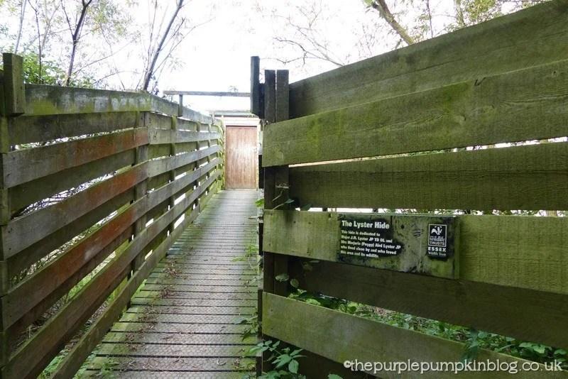 Hanningfield Reservoir Nature Trails - Bird Hide