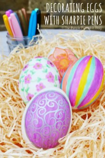 Decorating Eggs with Sharpie Pens 2