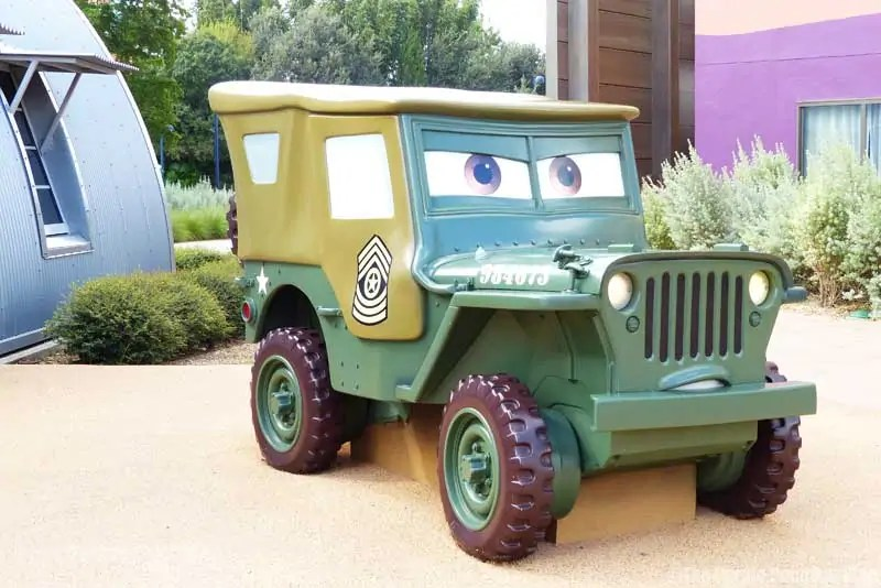 Disney Art of Animation - Cars Courtyard - Sarge Model