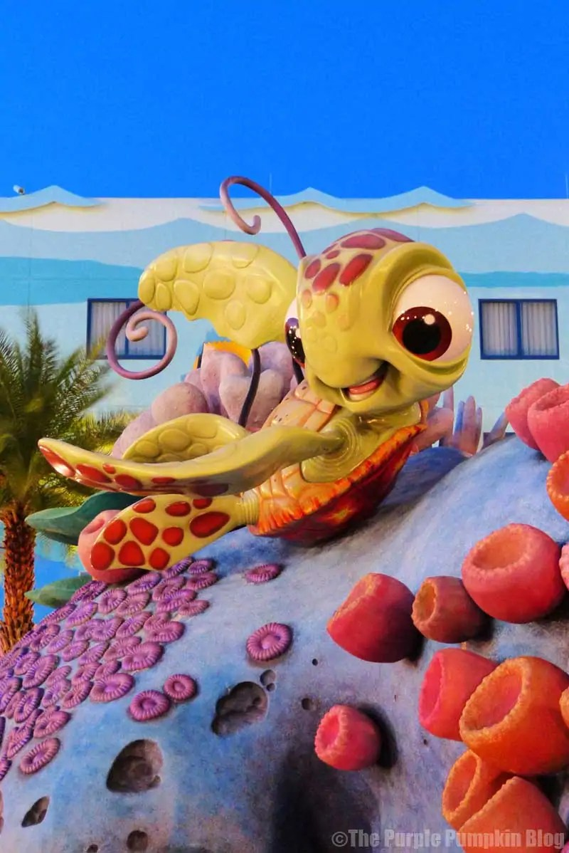 Disney Art of Animation - Finding Nemo Courtyard - Squirt Statue