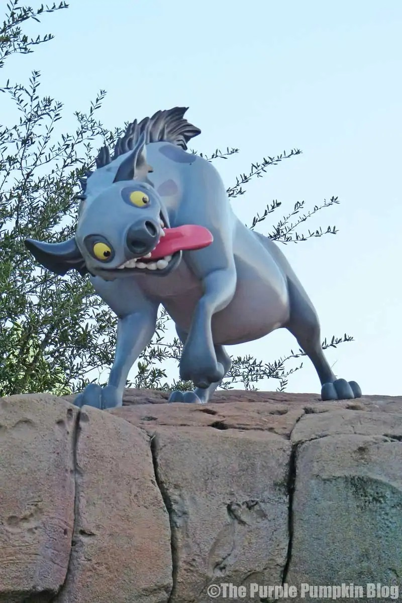 Disney Art of Animation - The Lion King Courtyard - Ed Statue