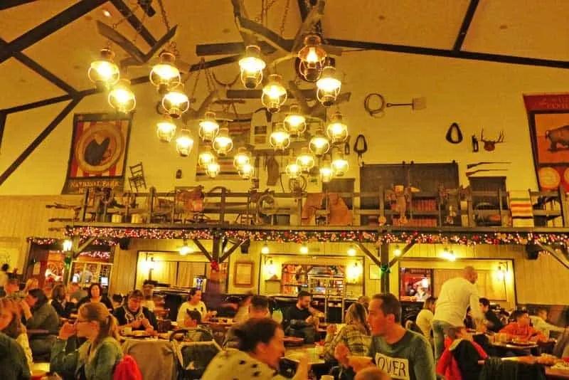 Hotel Cheyenne - Chuck Wagon Restaurant - Disneyland Paris