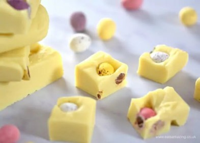 Mini-Egg-White-Chocolate-Fudge-Recipe-4-ingredients-and-5-minutes-to-prepare-easy-chocolate-fudge-fun-homemade-gift-idea-for-Easter-from-Eats-Amazing-UK