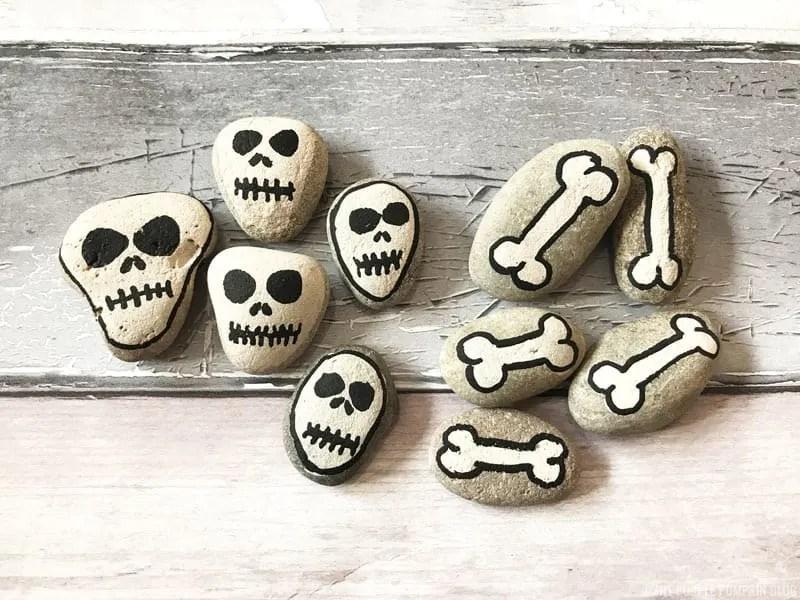 Halloween Stones - Skulls & Bones