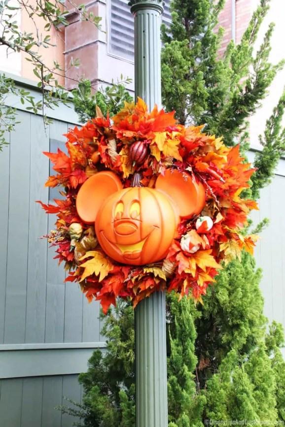 Halloween at Magic Kingdom - Mickey's Not-So-Scary Halloween Party