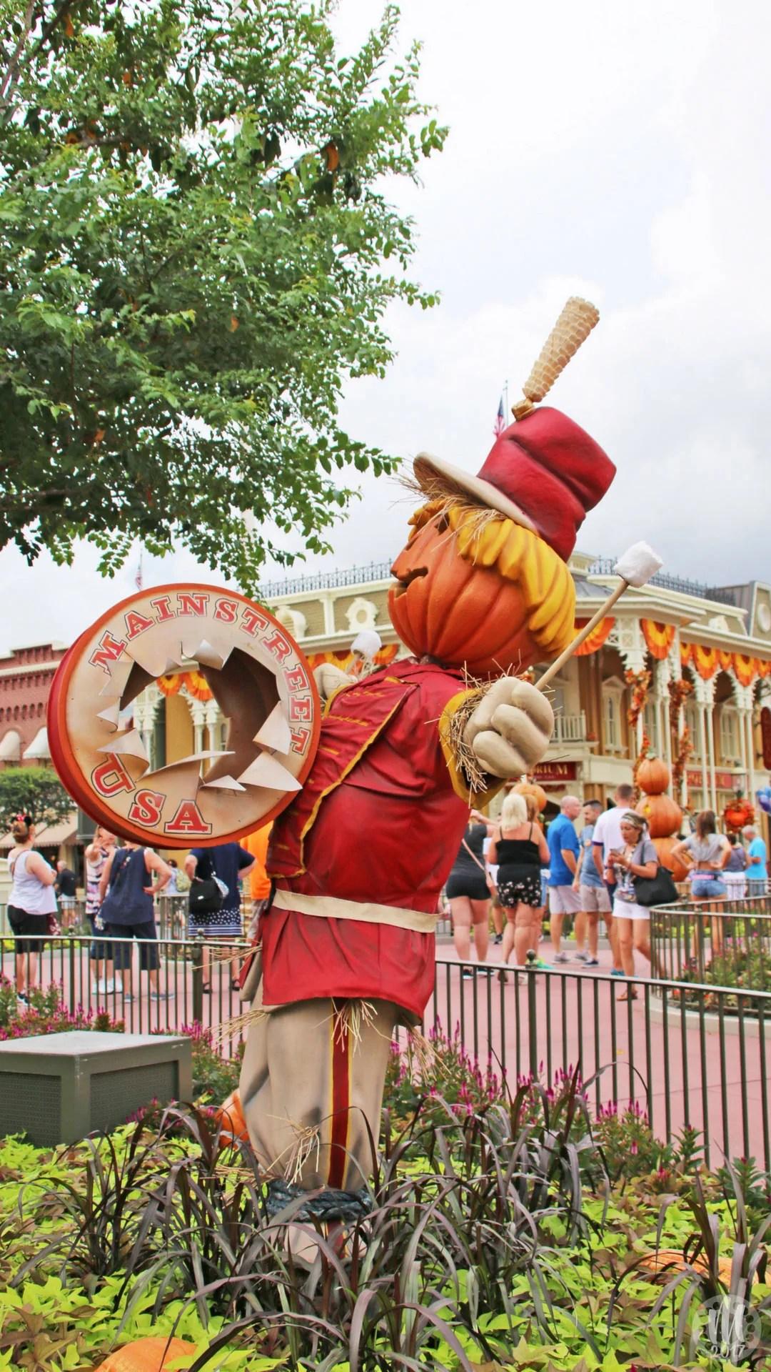Disney Halloween iPhone Wallpapers - Drummer Scarecrow