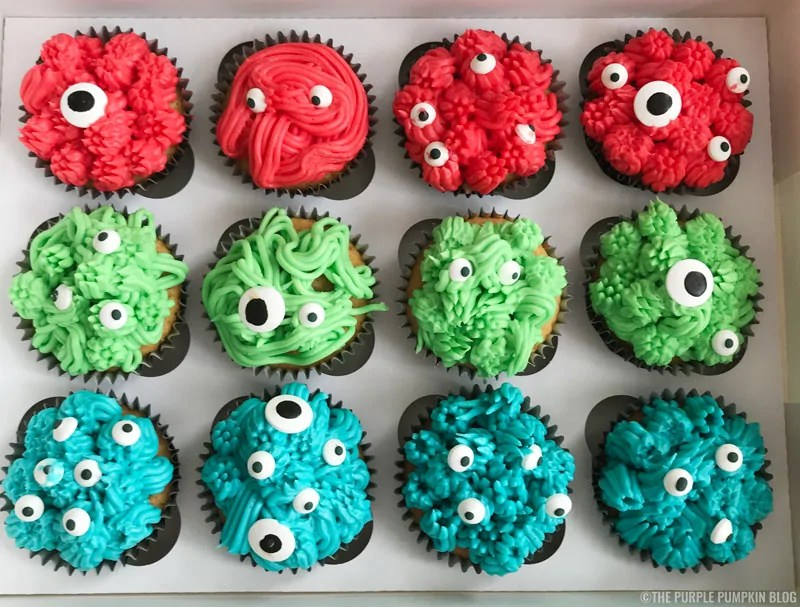 Scarey-Cute Monster Cupcakes! These monstrous cupcakes are so easy to make, and are a great sweet treat for a Halloween party food table, or for a monster themed birthday party!