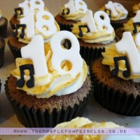 18th Birthday Cupcakes - Gold with Musical Notes