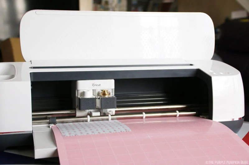 Cricut Maker cutting fabric with Rotary Blade