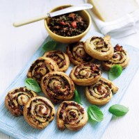 Manchego Swirls With Red Pepper Tapenade Recipe