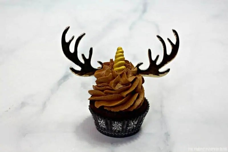 Unicorn horn on cupcakes