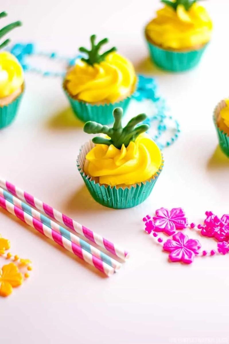 Pina Colada Pineapple Cupcakes