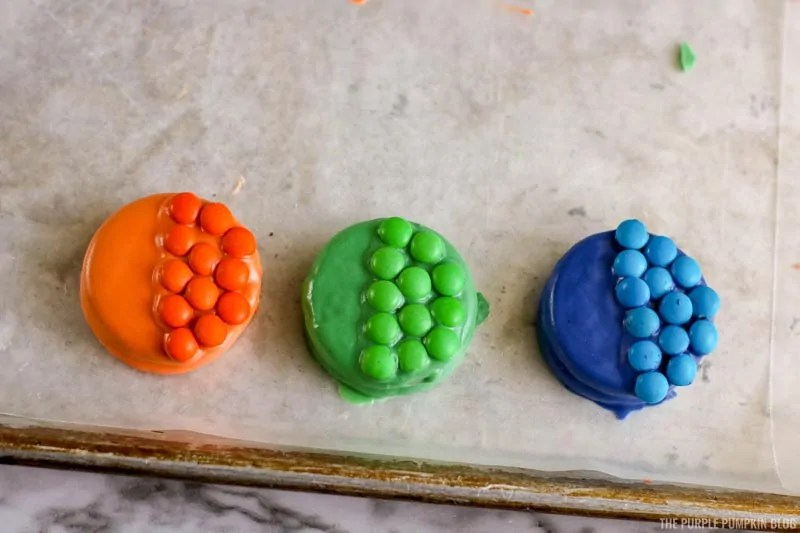 """M&M's """"fish scales"""" added to cookies"""