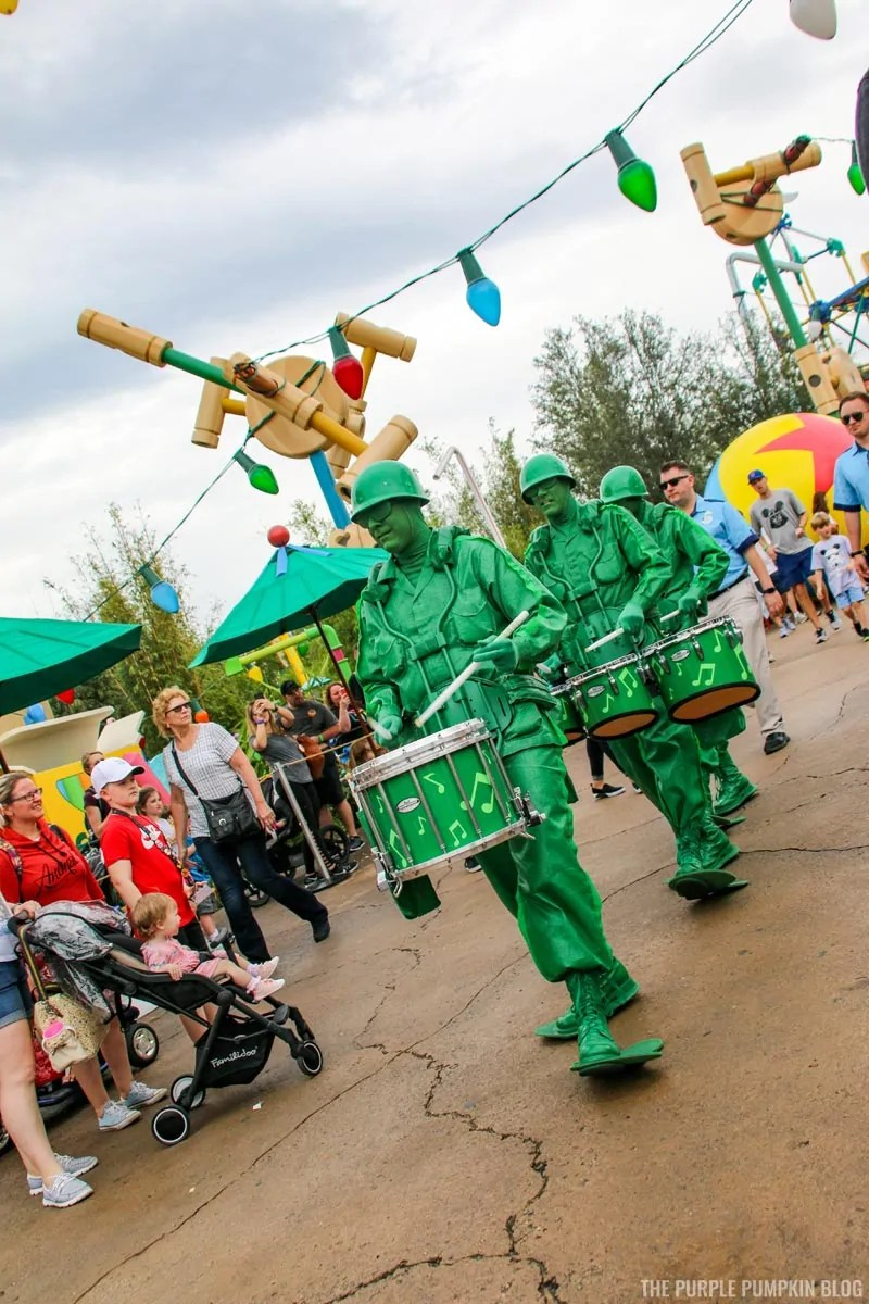 Green Army Men - Toy Story Land