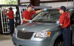 Windshield replacements can only be performed in a specialized facility, by at least two professionals.