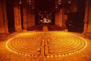 Chartres Labyrinth Illuminated, creative common photo