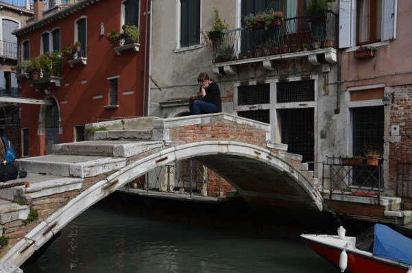 Ponte di Chiodo, only bridge without parapet/side rails in Venice Venezia
