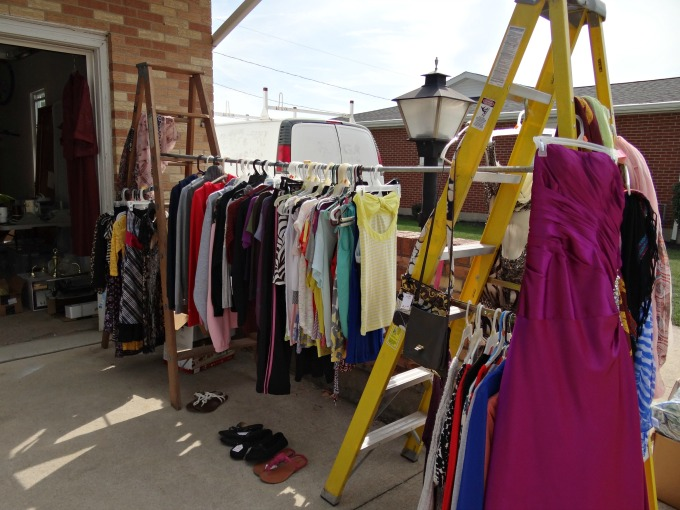 8 Tips for a Successful Garage Sale