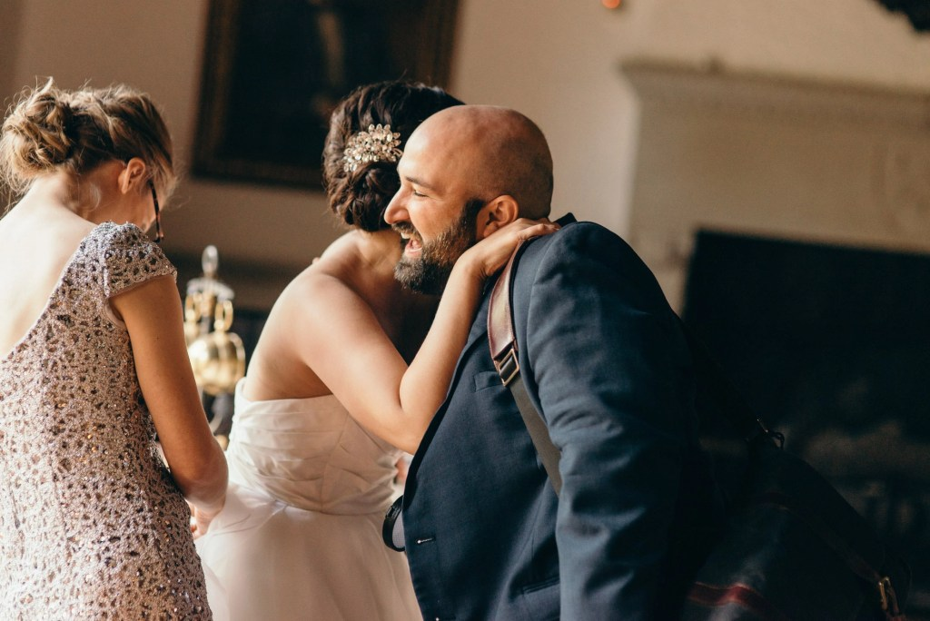 how to pick a wedding photographer