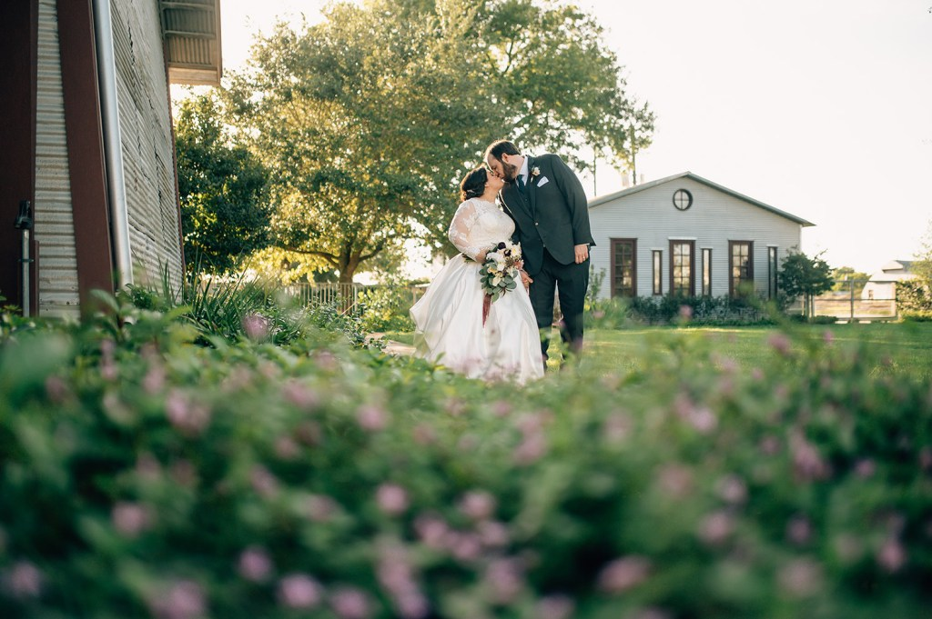bride and groom at cotton gin no. 116