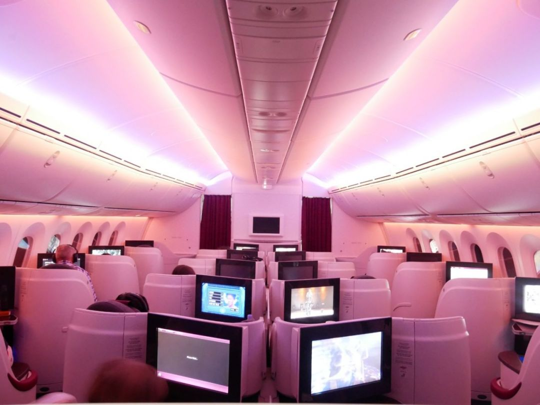 Mood lighting on-board Qatar Airways Boeing 787 Dreamliner