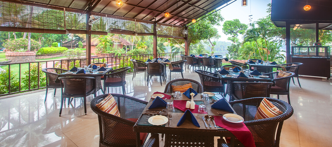 Open Restaurant - The Raviz Kadavu