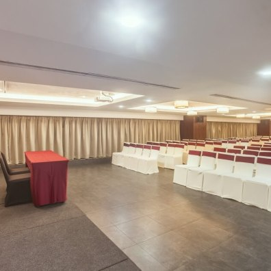 Meeting Hall - The Raviz Calicut