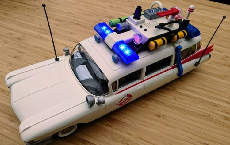 Playmobil Ghostbusters Ecto-1 assembled