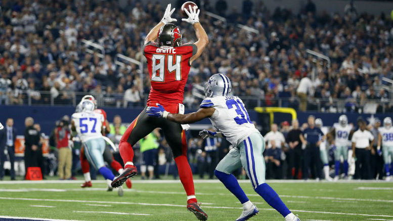 11 Undervalued Fantasy Football Players To Win Draft Day Cameron Brate