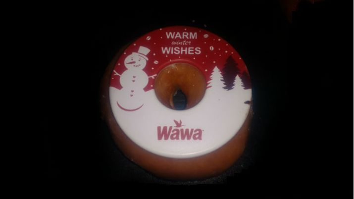 The Great Wawa Vs. Sheetz Debate: Round 4 - Customer Service, Intangibles, & Holiday Charm, Christmas Donut