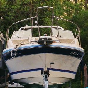 Outboard, motorboat, drydock, marina