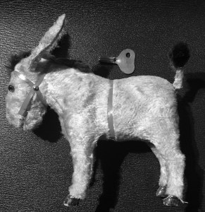 tin toy, wind-up toy, mechanical toy, mechanical, wind-up, key, donkey, vintage, antique