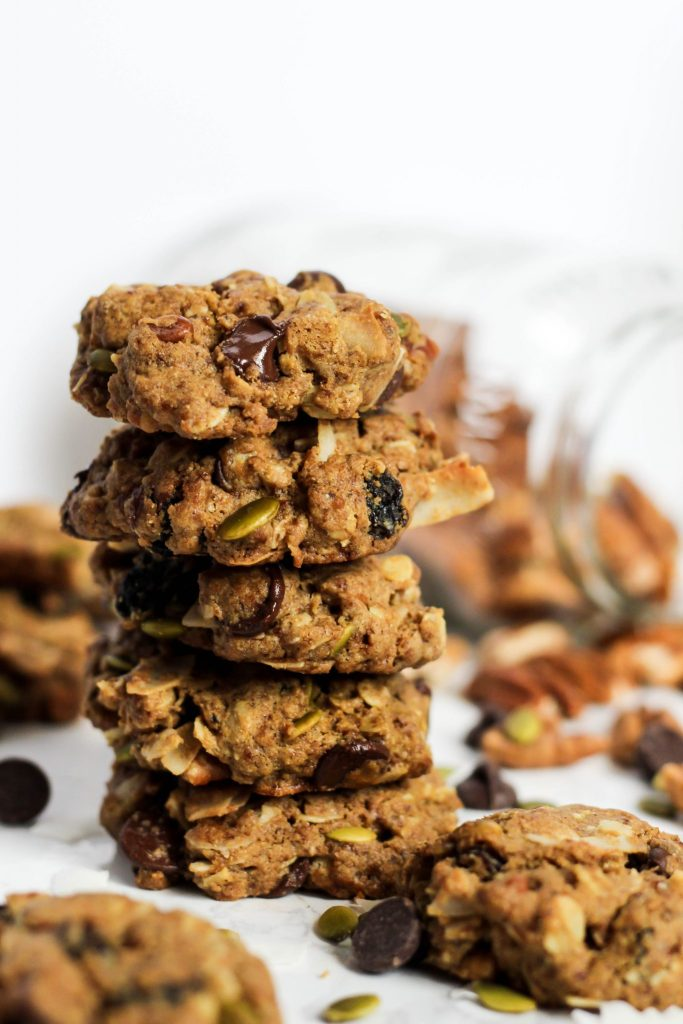These trail mix cookies make the perfect sweet & salty snack!   The Real Life RD