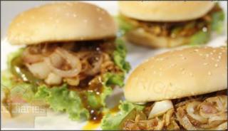 Pulled Chicken Burger
