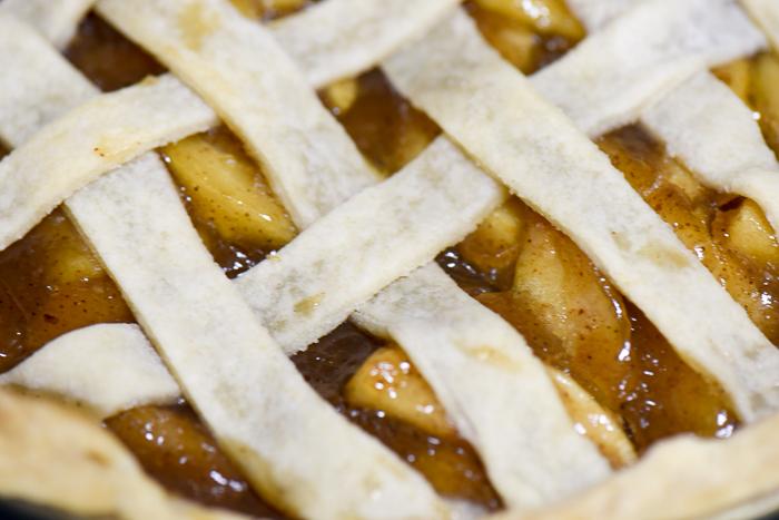 Homemade Apple Pie Filling - so fresh, so tasty, so easy! | The Recipe Wench