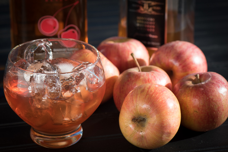 Apple-infused whiskey makes this cocktail super slurpable and perfect for fall! | The Recipe Wench