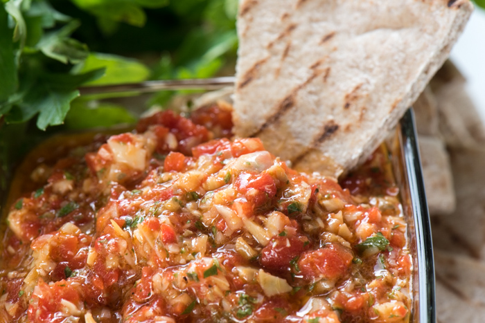 Roasted Red Pepper and Artichoke Dip is healthy, tasty and easy to make! I could eat this all day!   The Recipe Wench