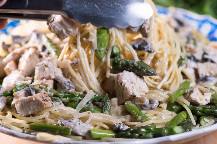 Lemon Chicken Pasta with Fresh Asparagus