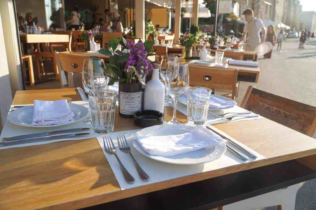DINING AT SALIS IN CHANIA, CRETE