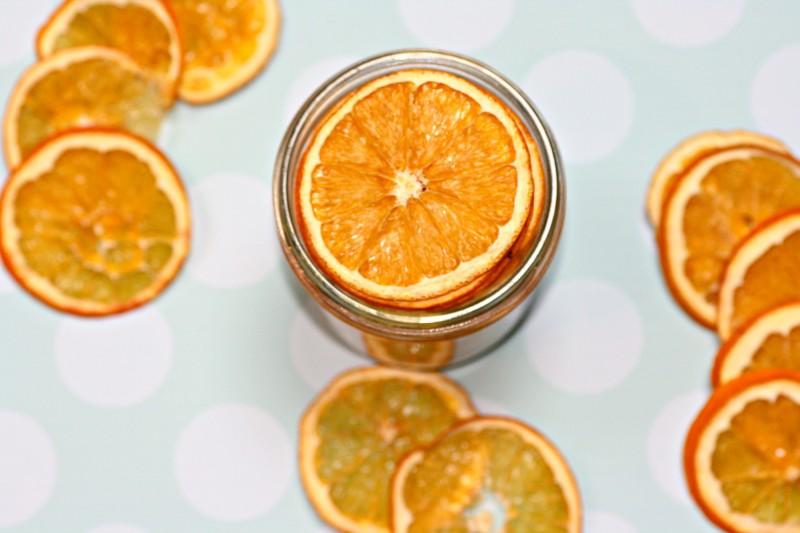 2200 oranges jar from top